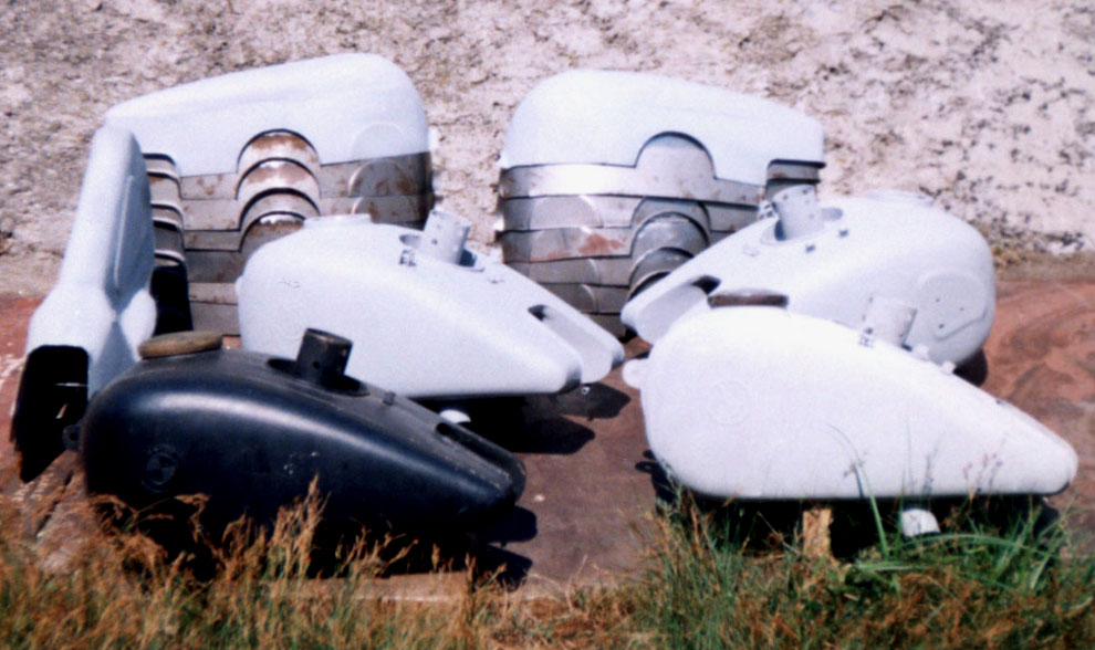 reproductions R75 gas tanks